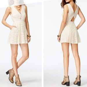 FREE PEOPLE • LOVELY IN LACE DRESS W POCKETS CREAM
